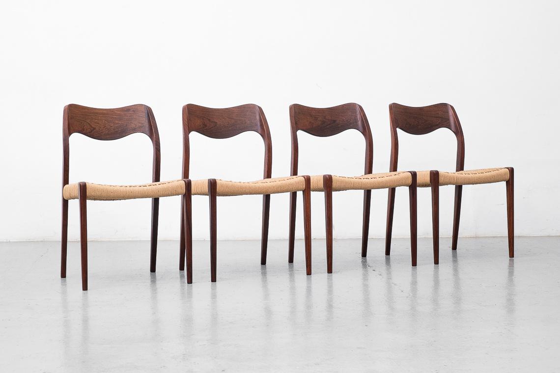 Set de 4 sillas modelo 71 en palisandro de Niels O. Møller para J.L. Møllers Møbelfabrik