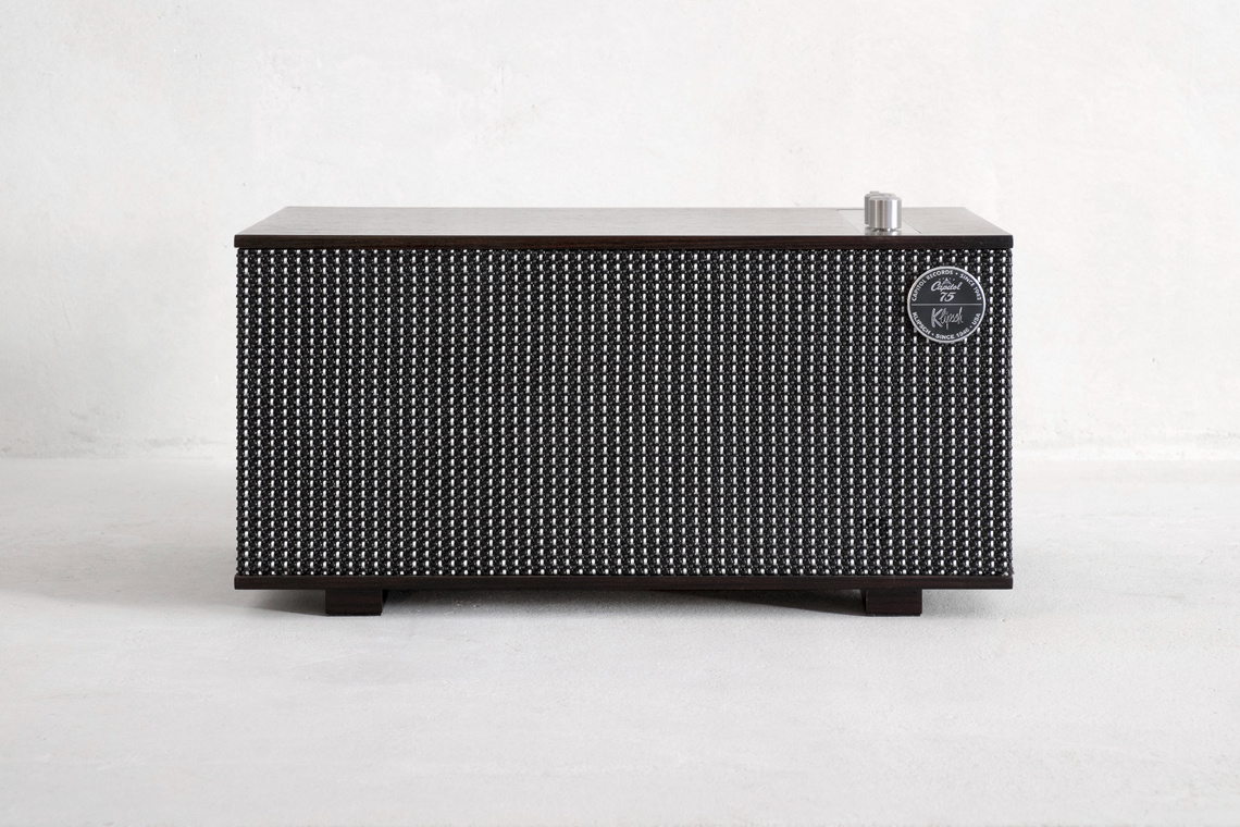 THE CAPITOL THREE SPECIAL EDITION BLUETOOTH SPEAKER **418551**